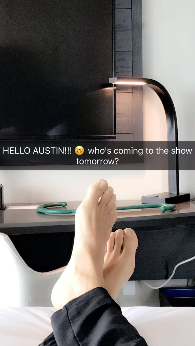 AUSTIN!! Who's coming to the show tomorrow? https://t.co/g3g24YSubc https://t.co/gRmJzMzUQE https://t.co/SWqiMnXNxf