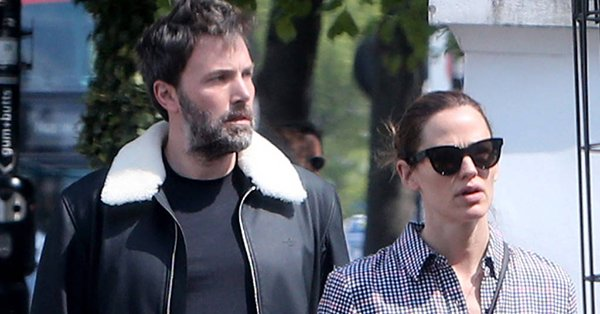 Jennifer Garner and Ben Affleck reunited for their kids' ice cream social at school: