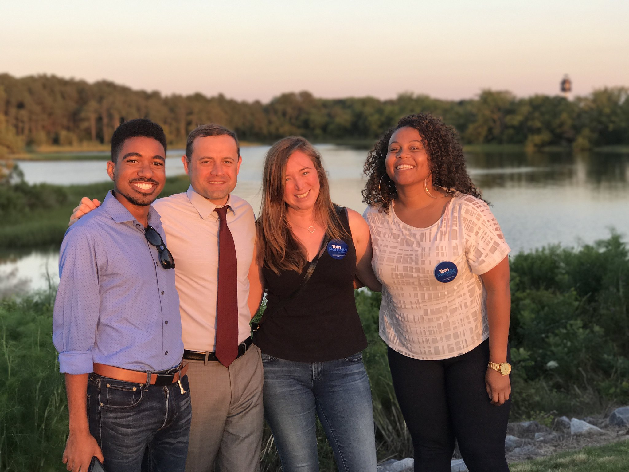 Best #24hoursofTom team in the game right here. Nothing like a beautiful sunset on the Eastern Shore! https://t.co/lwWltF6qcY