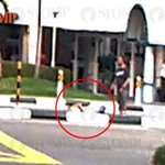 Suspected jaywalker lies on road divider along Pasir Ris Drive 6 after getting hit by car