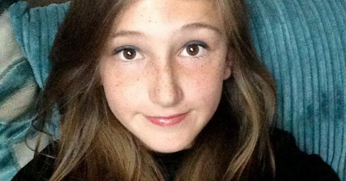 Teacher and pupils battled in vain to save girl, 12, crushed to death by wall as she got ready for PE lesson