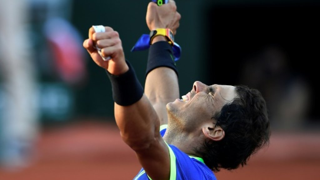 Nadal shrugs off perfect 10 as history beckons