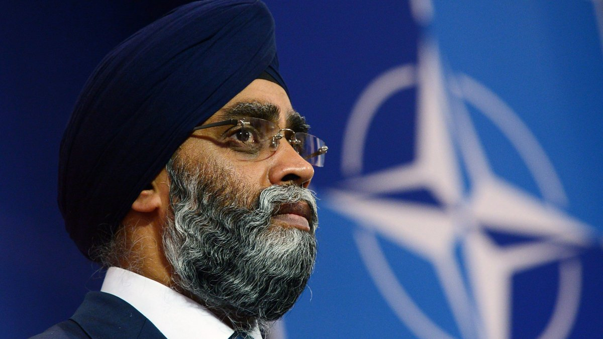 Defence minister says Canada will extend Indian Ocean commitment to 2012