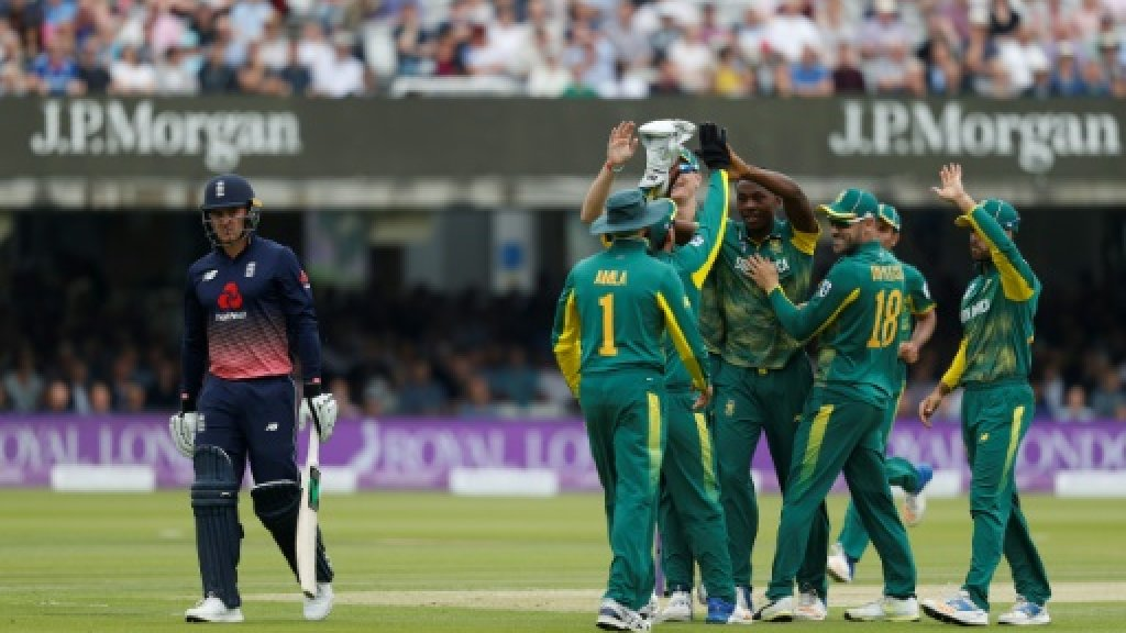 England slump to 20-6 against South Africa at Lords
