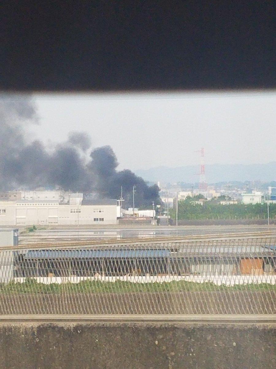 test ツイッターメディア - 茨木市で火事発生中。めっさ燃えてる https://t.co/CicQBeUZLB