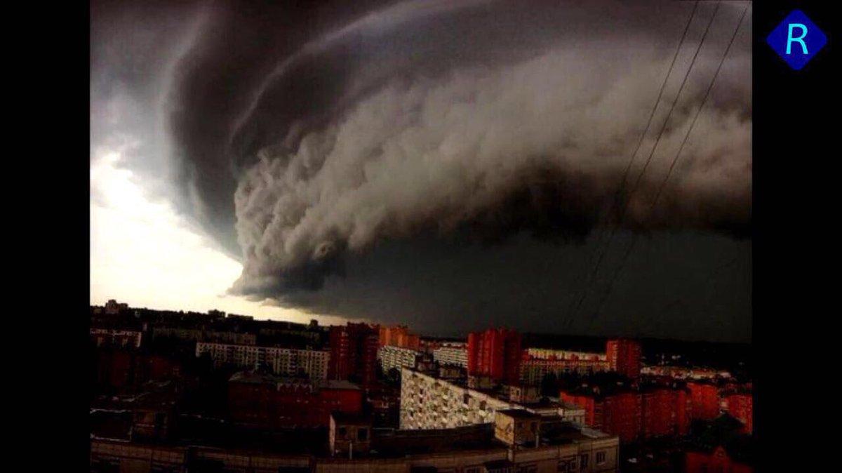 Увеличилось число жертв урагана в москве