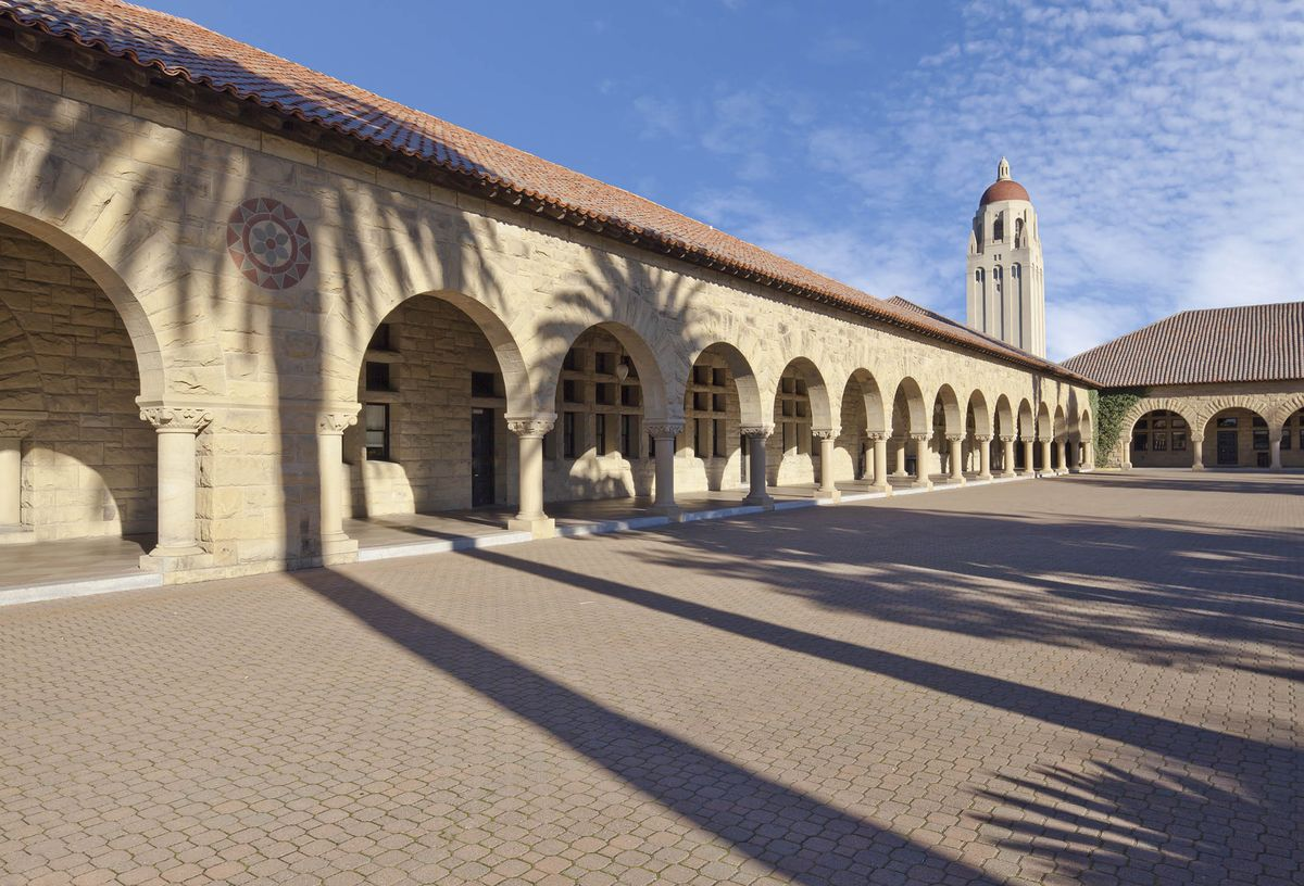 test Twitter Media - Turns out Stanford's MBA grads consistently out-earn their peers ...by a lot https://t.co/cRWYvAWbOv https://t.co/I0hSS69k3O