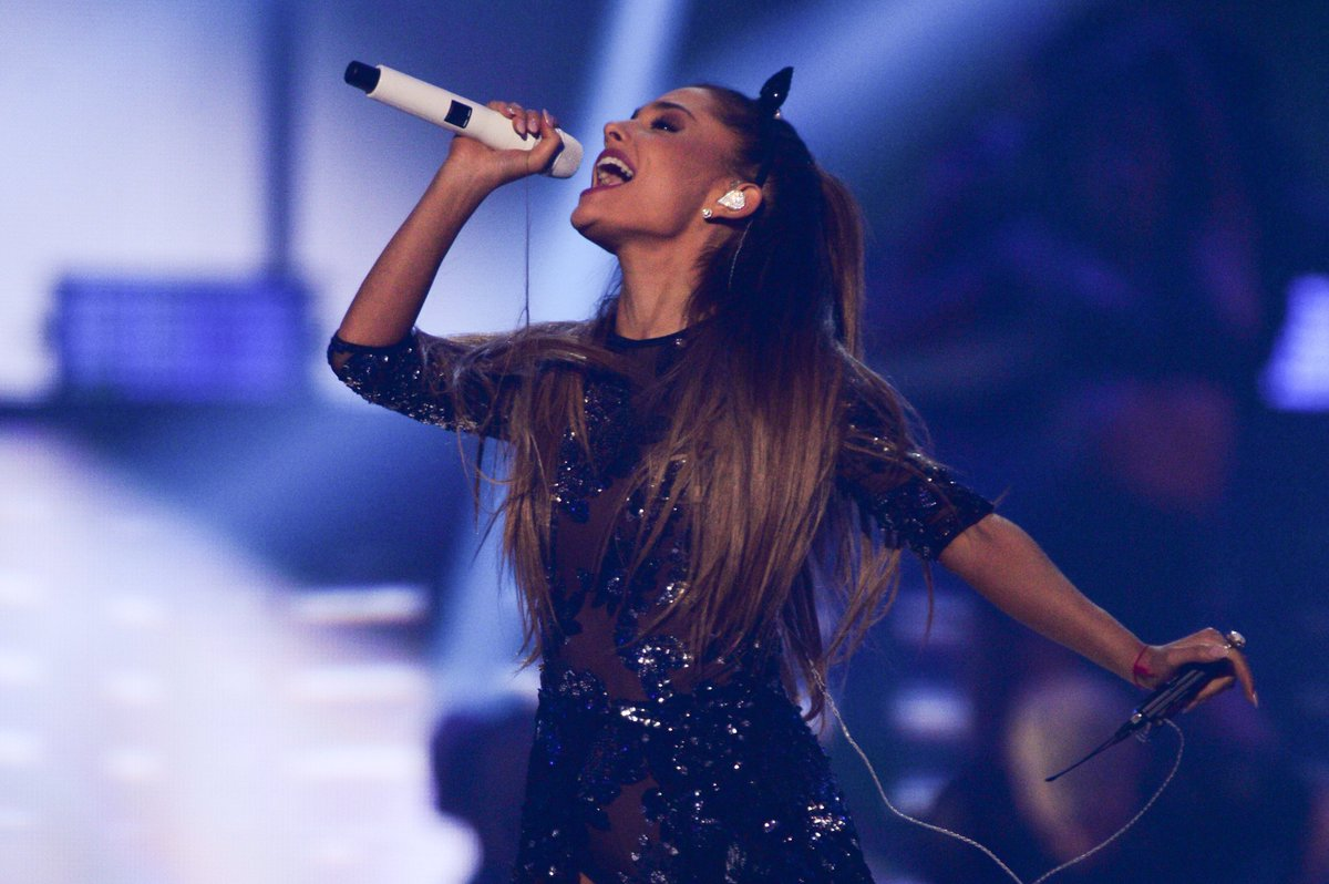 Ariana Grande to play 'One Love Manchester' charity concert on Sunday