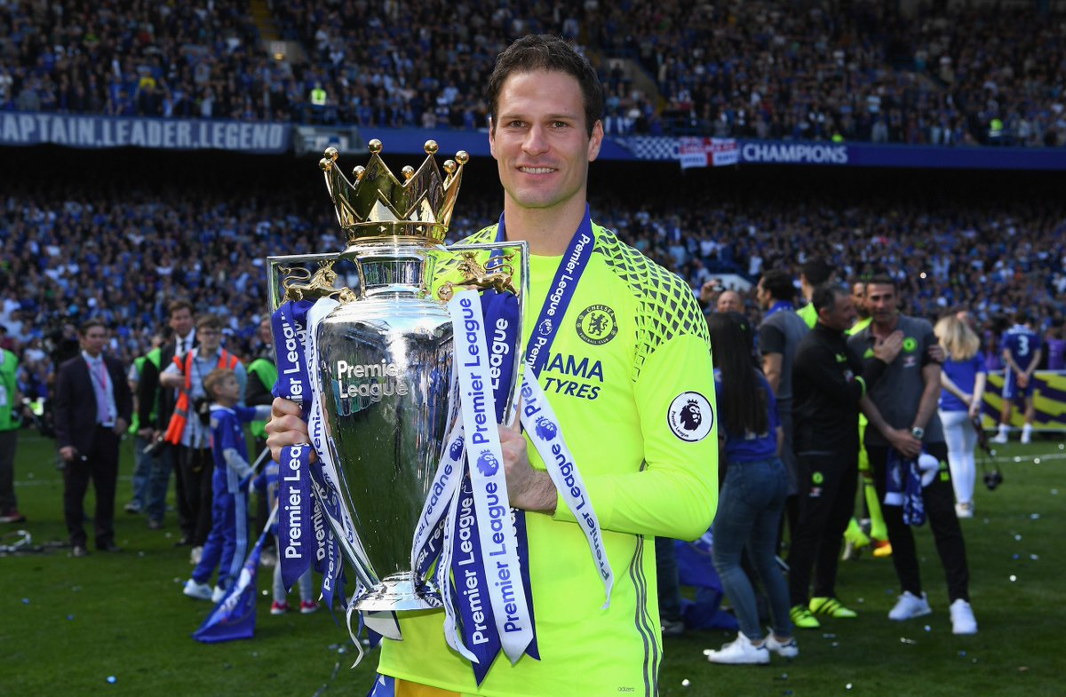 Bournemouth have signed goalkeeper asmir begovic from pl