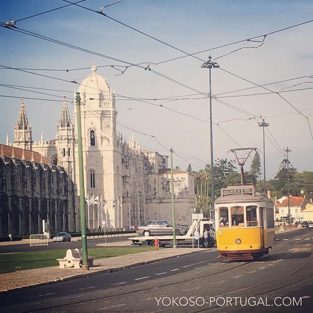 test ツイッターメディア - 世界遺産のジェロニモス修道院と路面電車15番。 #リスボン #ポルトガル https://t.co/njNVYIZaXk