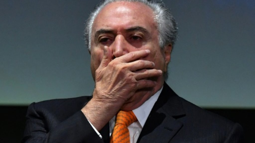 Brazil court orders president questioned in graft probe