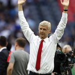 Arsenal hands Arsene Wenger new 2-year contract after review of struggles