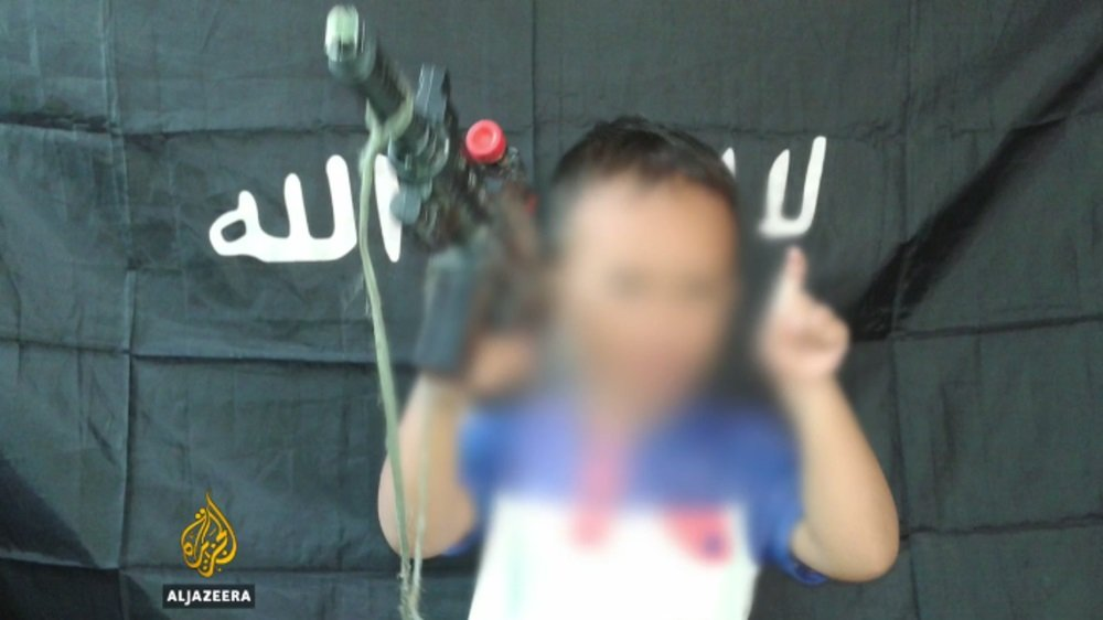 ISIL is using children as young as four on the frontline in the southern Philippines