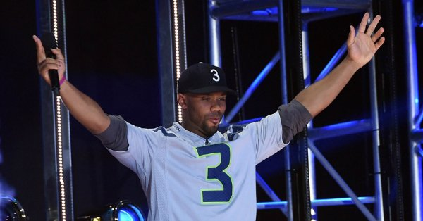 Russell Wilson is set to host Nickelodeon's Kids' Choice Sports Awards for the third time: