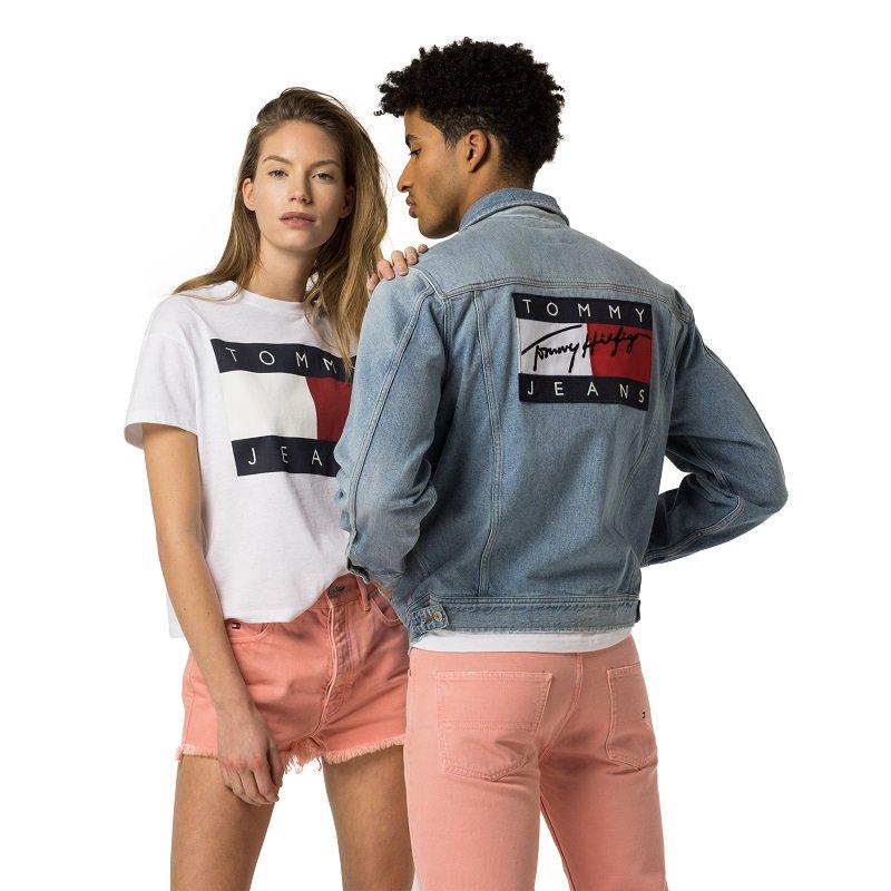 #TommyJeans 2017春夏コレクションが、本日より発売スタート!気になるアイテムはこちらをチェック。 https://t.co/azdOoqk1Fc ※在庫状況は各ストアへお問い合わせください。 https://t.co/NNtTtobqnr