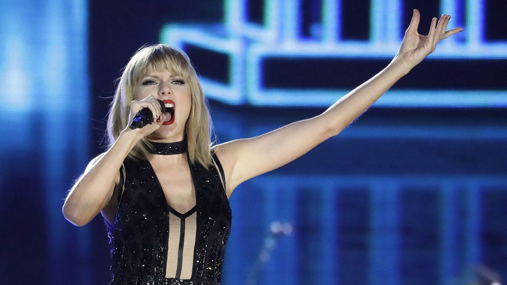 Taylor Swift is headed for a jury trial in DJ grabbing incident
