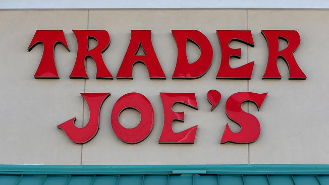 Trader Joe's fans rejoice: Another store is coming in East Village https://t.co/6sIVqpeYt2 https://t.co/81jb0vnc7g