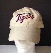 DETROIT TIGERS Vintage Baseball Cap STRAPBACK Licensed MLB Floppy Hat Budweiser https://t.co/w56xcNduqC https://t.co/ECU1RyKcgb