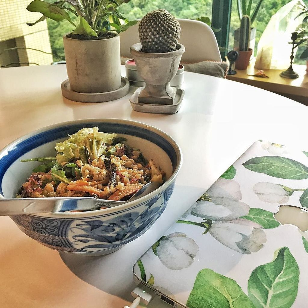 Nothing beats home cooked food after a workout :) #veggiesforlife ゚ᆬメ゚ヘᅠ゚ᆬユ゚フᄚ゚フᄑ゚ᆬム゚ヘペフᄊ゚ヘナ゚ヘメ゚ヘプヘモ゚ヘハ https://t.co/b7F8MdblnZ https://t.co/a5KSWmFTUN