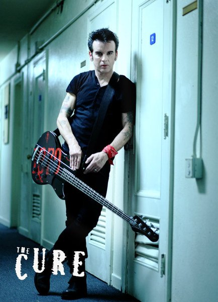 Happy birthday to the bass god: Simon Gallup of