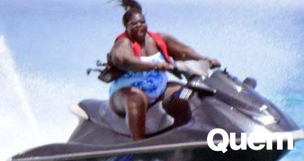 Gabourey Sidibe. Foto do site da Quem Acontece que mostra Gabourey Sidibe está muuuuito maravilhosa curtindo a vida em Barbados