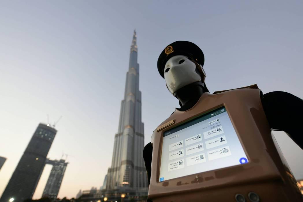 Robocop joins Dubai police