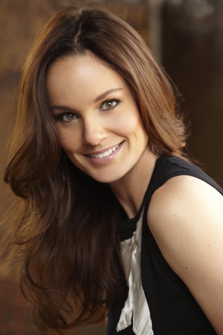 Happy Birthday to Sarah Wayne Callies - such a beautiful, wonderful woman