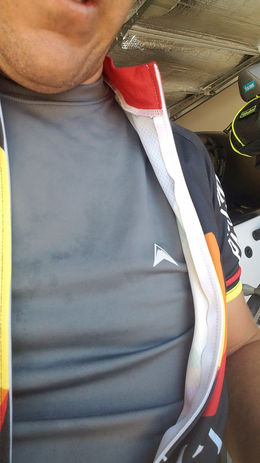 See how #ArcticCool helped @timhakr while #cycling in hot weather! https://t.co/sbpLqX8VUP https://t.co/NobGj6KJ5Z