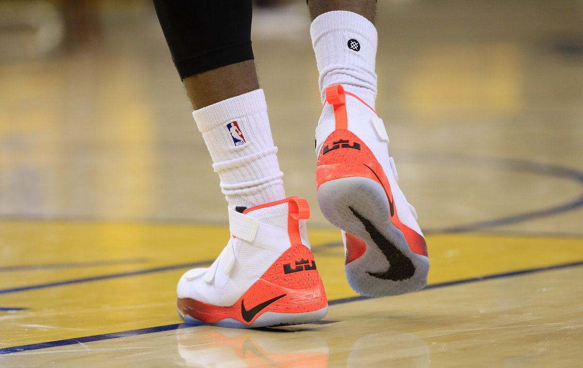cc5c88eed00a lebron james in the nike zoom lebron soldier 11 pe before game 1 of the  nbafinals