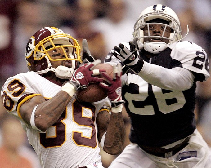Happy Birthday to great Santana Moss. Forever missing this dude on the field.