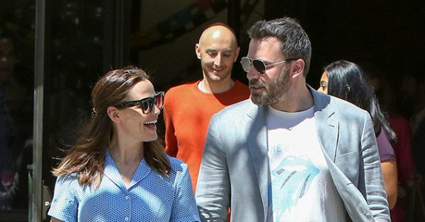 Jennifer Garner and Ben Affleck may be divorcing but they have a love that hasn't died.