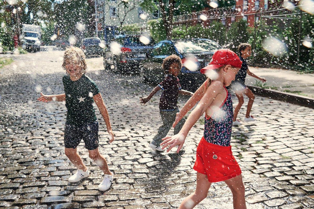 明るいカラーと愉快な夏の予感! #MoncleEnfant 2017年春夏コレクション。 詳しくはお近くのMoncler ブティックで! https://t.co/IX6ycDMyXa https://t.co/tG3VAhax5F