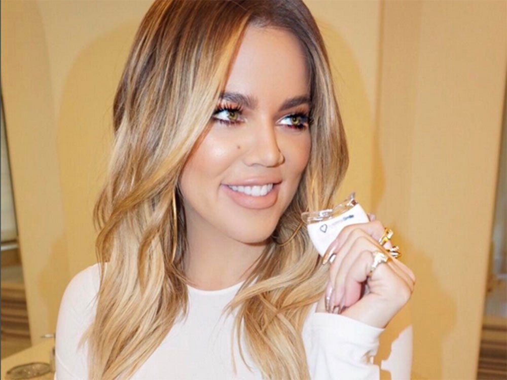 Khloe Kardashian Rocks An Au Naturel Look On Snapchat