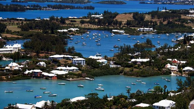 Kiwi tourist Mary McKee killed in boat crash in Bermuda amid America's Cup races