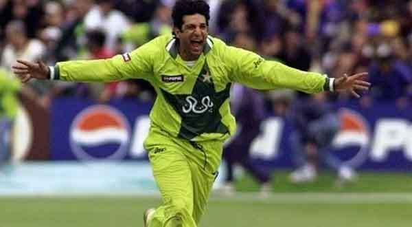 Happy Birthday to the king of swing and the legendary Cricketer Wasim Akram