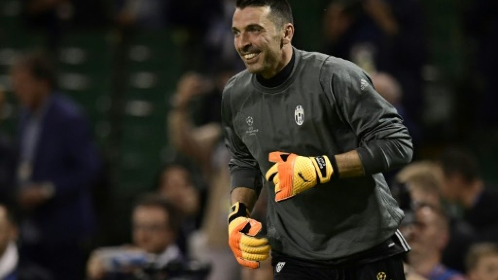Buffon eyes final 'fairytale' football match with Juventus