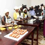 Museveni asks voters to punish sleepy MPs