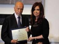Lo homenajeamos y condecoramos en 2013. ���� #adiosaunpatriota #jorgeleal https://t.co/OYhDExezyc