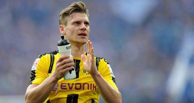 Happy 32nd birthday to Borussia Dortmund s ukasz Piszczek!