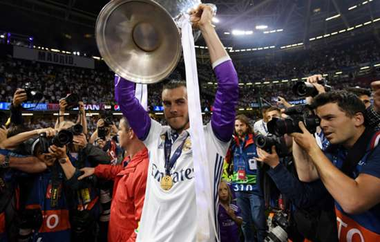 Man Utd target Bale commits to Real Madrid after 'incredible' Champions League triumph