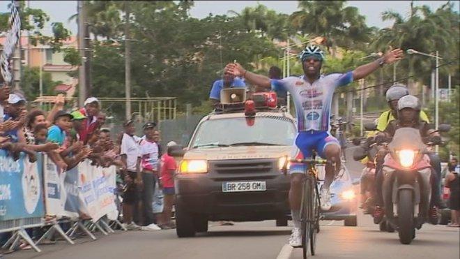Mickaël Laurent accroche son 14e titre de champion
