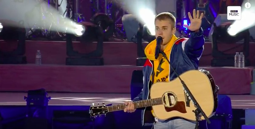 Watch Justin Bieber pay an emotional tribute to victims during