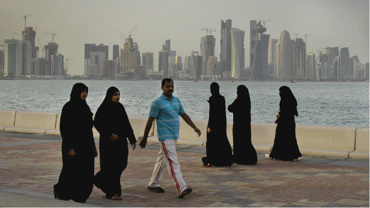 UAE, Egypt join Saudi Arabia and Bahrain in cutting ties to Qatar