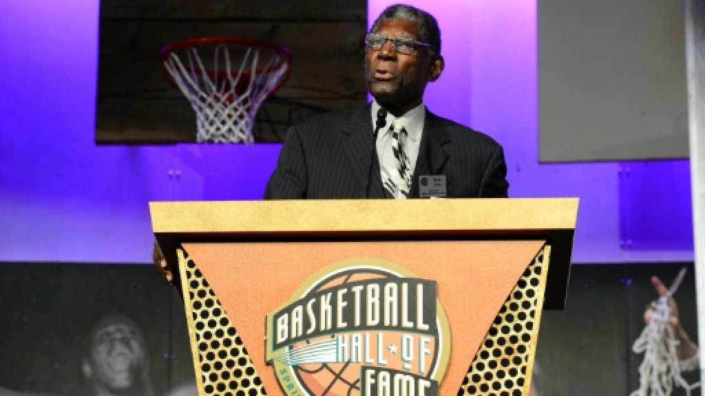 Attles, Brown win lifetime NBA coaching awards