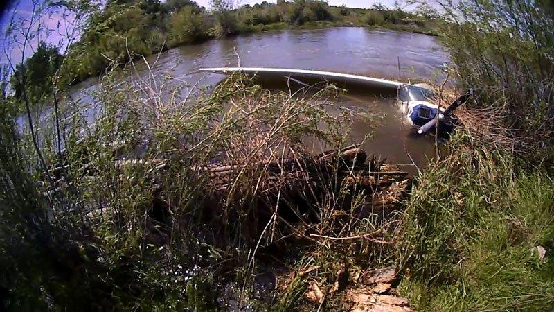 Rexburg man safe after plane crashes in Teton River