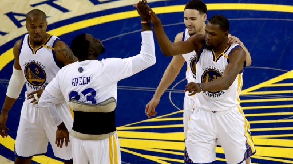 Durant, Curry spark Warriors win in NBA Finals