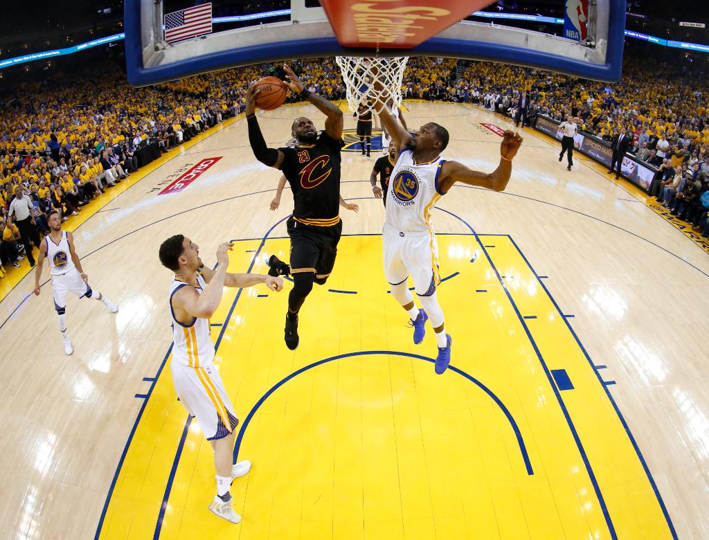 NBA Finals Game 2: Warriors beat Cavaliers 132-113, lead 2-0