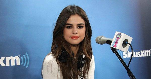 Here's why Selena Gomez likes Taylor Swift's boyfriend Joe Alwyn: