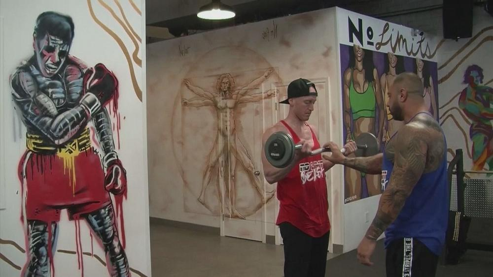 Physical graffiti: Hollywood gym taps into super hero art