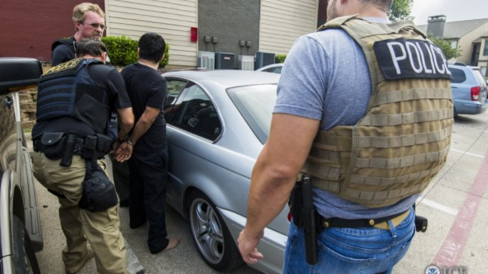 Federal agents arrest 70 immigrants in Oklahoma, Texas